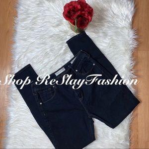 ⭐️BullHead Women High Rise Jegging Dark Wash Jeans